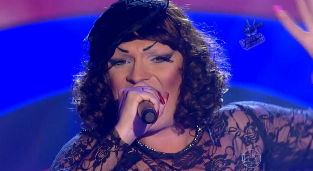the-voice-brasil-drag-queen-deena-love-destaque-blog-geek-publicitario