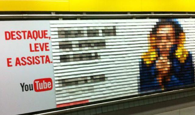 Google cria mosaico NFC destacável em anúncio para YouTube no Metrô de SP