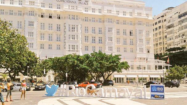 #RioCarnaval: Twitter promove hashtag de Carnaval com totens gigantes no Rio de Janeiro