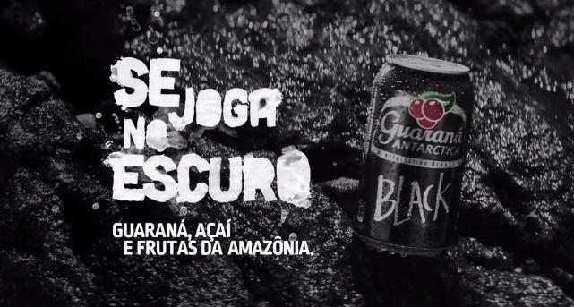 Guaraná Antarctica Black faz propaganda enganosa e não contém Açaí, diz Proteste