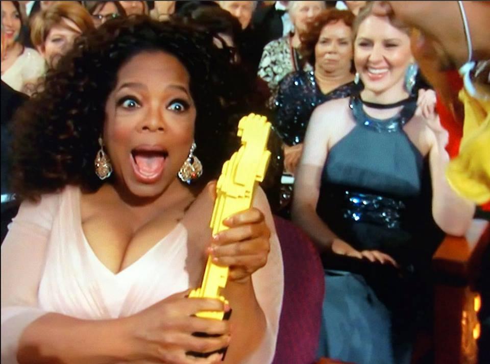 oprah-winfrey-lego-estatueta-oscar-product-placement-2015-blog-geek-publicitario