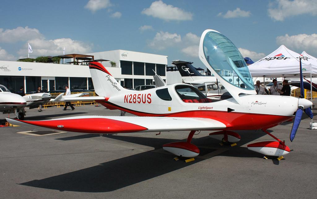 sports-cruizer-aviao-macbook-air-blog-geek-publicitario