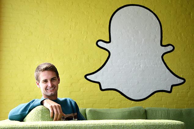 Evan Spiegel, 24 anos. O bilionário mais jovem do mundo.