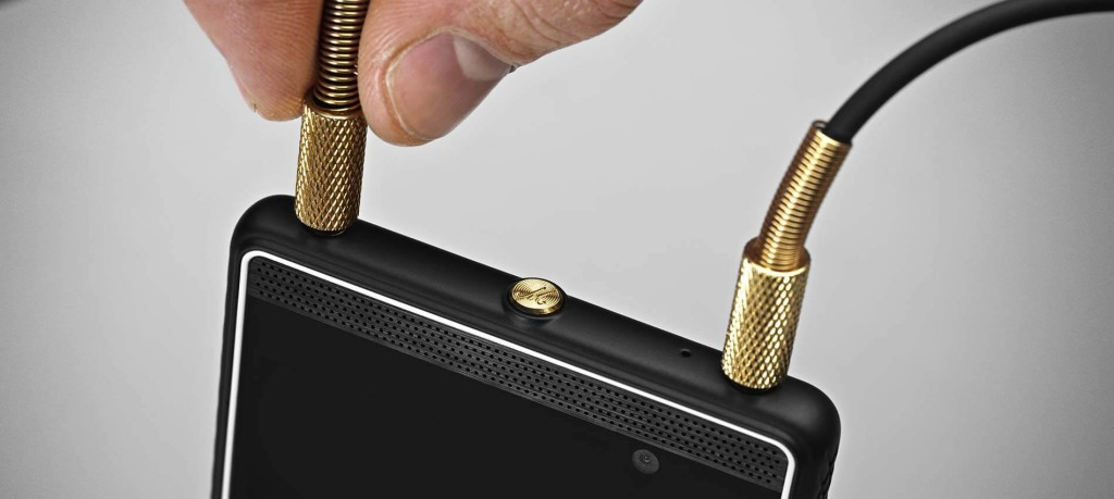 marshall-london-smartphone-duas-entradas-fone-de-ouvido-blog-geek-publicitario