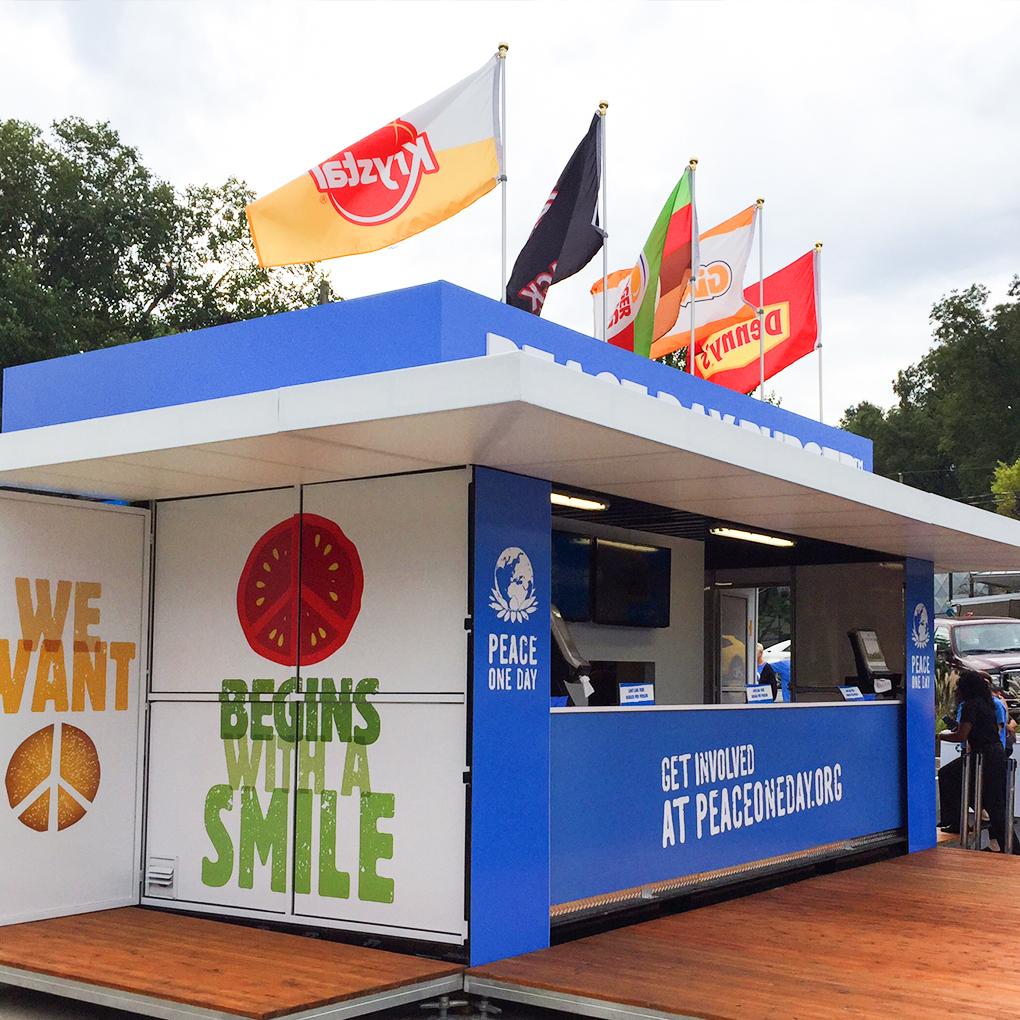 popup-store-peace-burger-day-burger-king-giraffas-blog-geek-publicitario