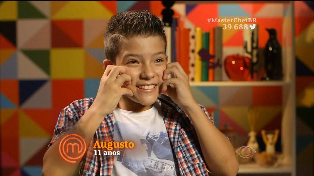 Augusto comenta sobre a vontade de apertar as bochechas de Erick Jacquin