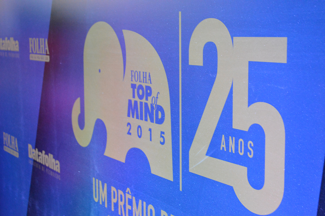 backdrop-folha-top-of-mind-2015-blog-geek-publicitario