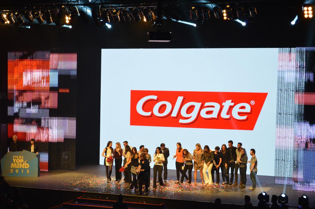 colgate-folha-top-of-mind-2015-blog-geek-publicitario