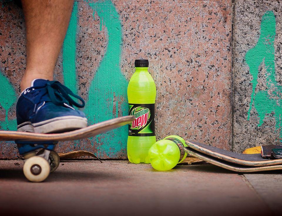 garrafa-mountain-dew-skatista-destaque-brasil-blog-geek-publicitario