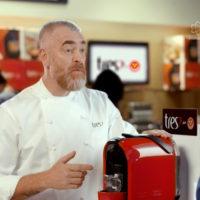 TRES lança nova máquina de café MIMO em comercial com Alex Atala