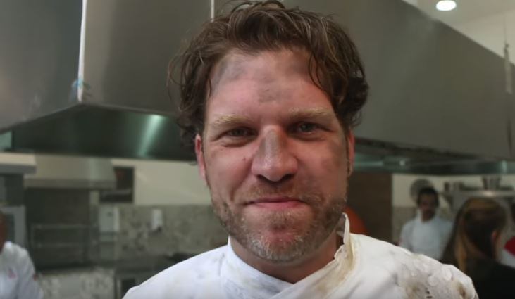 SBT põe fogo em Chef Carlos Bertolazzi para promover Hell's Kitchen