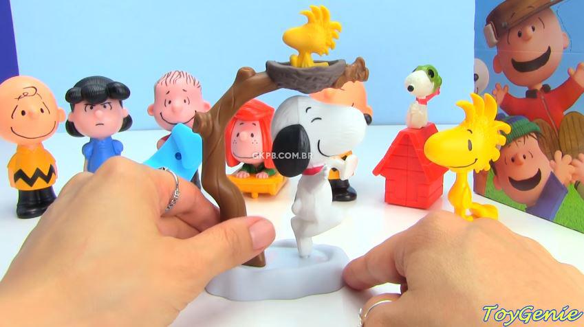 mclanche-feliz-brindes-snoopy-charlie-brown-peanuts-destaque-blog-geek-publicitario