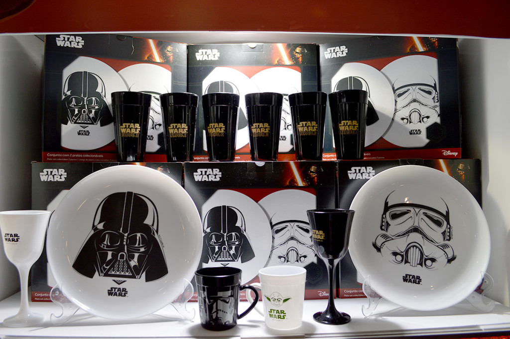 pratos-tacas-canecas-star-wars-nadir-figueiredo-ccxp-blog-geek-publicitario