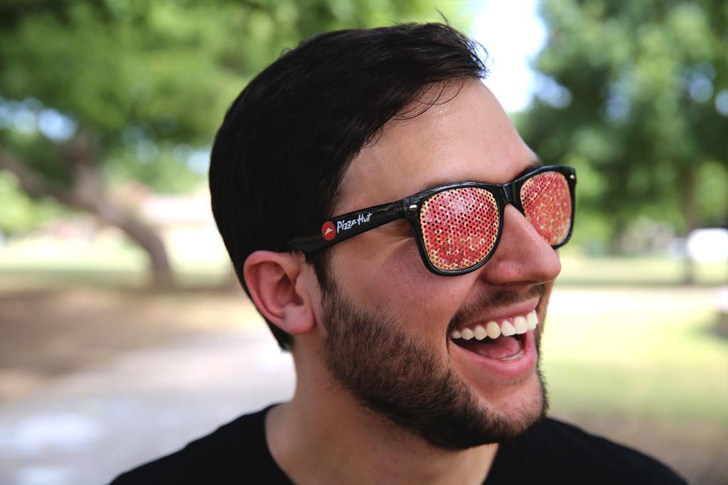 oculos-pizza-hut-swag-linha-de-roupas-blog-geek-publicitario