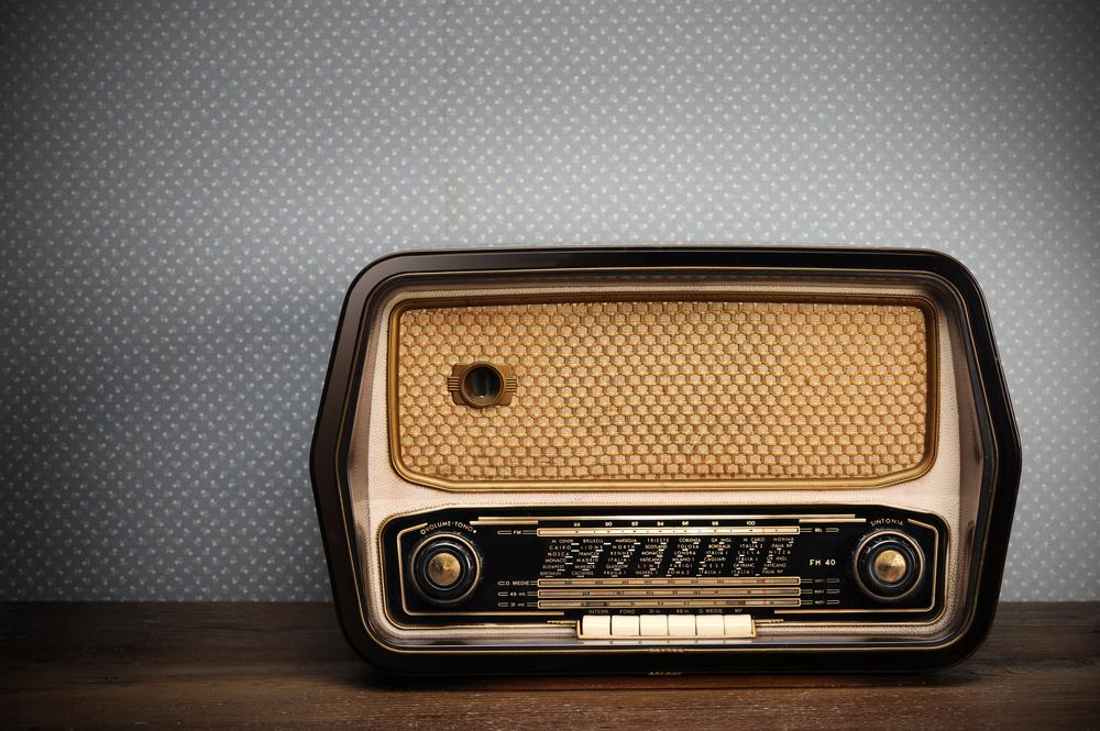 Você ainda tem o hábito de ver TV, ouvir rádio e ler revistas?