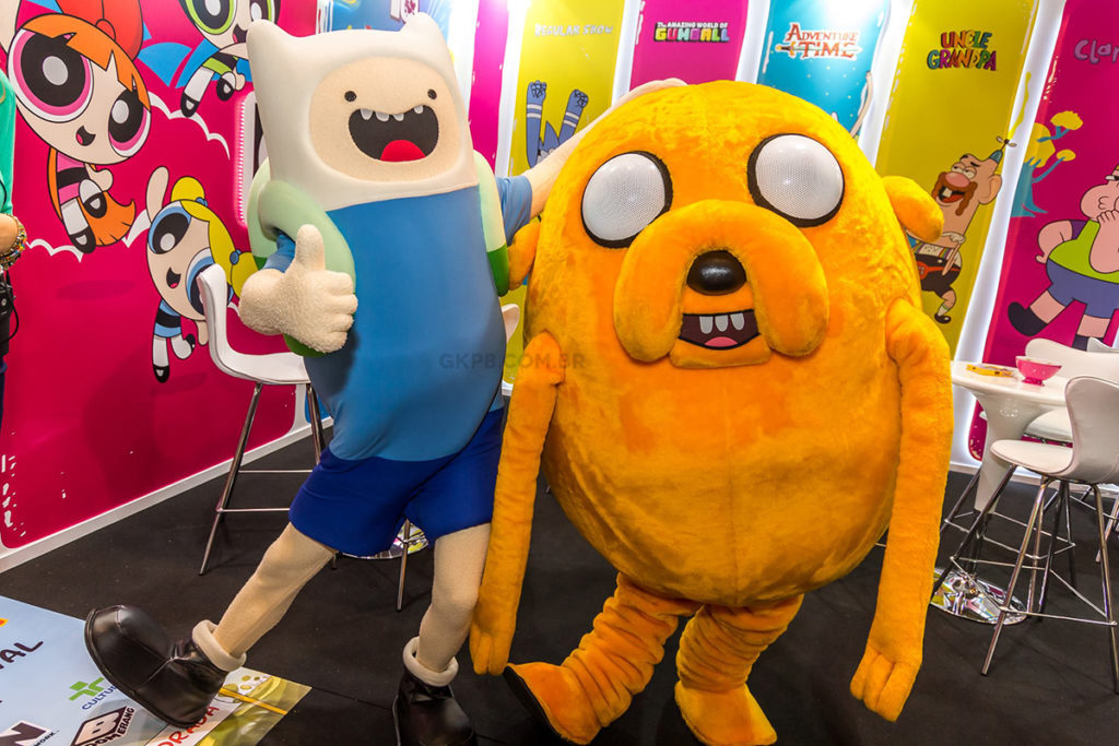 finn-jake-fantasiados-personagens-cartoon-network-hora-de-aventura-blog-gkpb