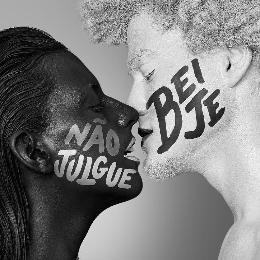 foto-close-up-dia-do-beijo-preto-e-branco-julge-blog-gkpb