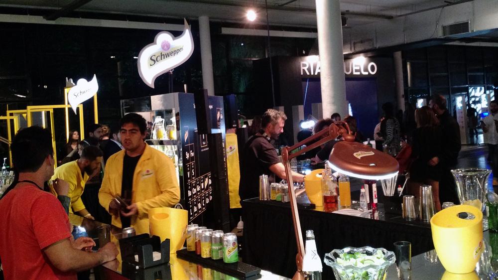 spfw-n41-stand-bar-schweppes-blog-gkpb