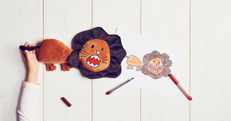 IKEA transforma desenhos de crianças em bichos de pelúcia