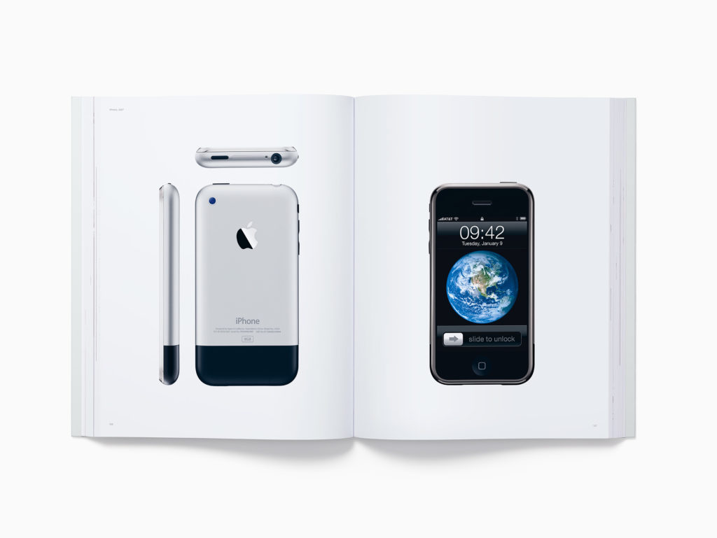 livro-designed-by-apple-in-california-2