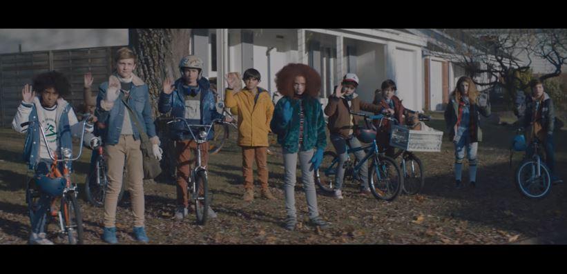 Mercedes-Benz cria comercial inspirado em Stranger Things