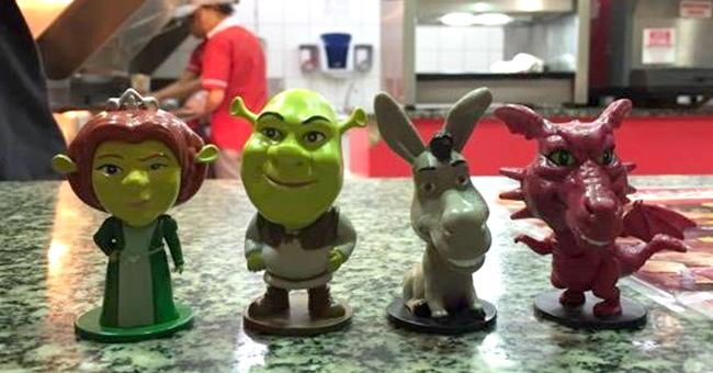 Shrek é tema de novos brindes da linha Fun & Art do Bob's