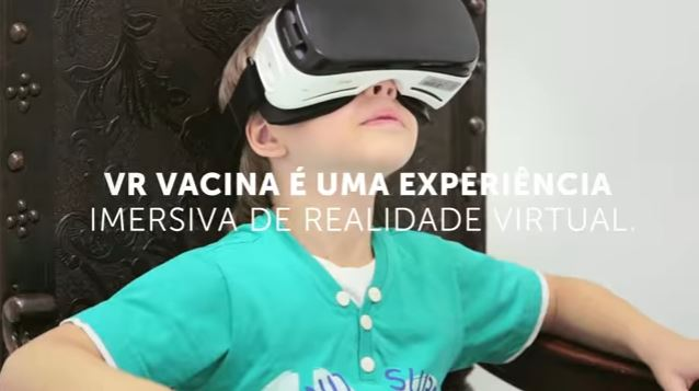 Óculos de realidade virtual transforma vacinação infantil em brincadeira
