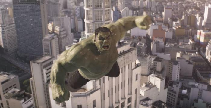 Hulk estrela comercial do novo Renault Kwid