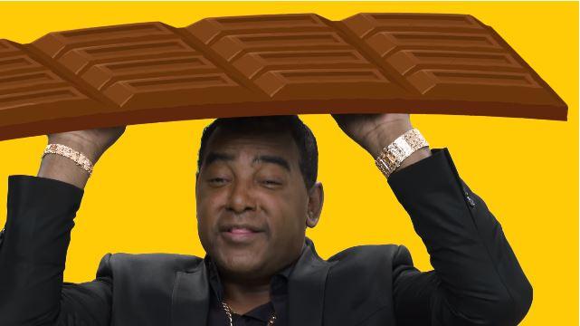 """Raça Negra """"segura uma barra"""" de Hershey's em novo comercial"""