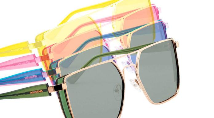 Óculos que mudam de cor
