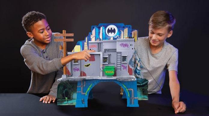 Batcaverna Playset Sunny Brinquedos