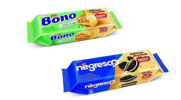 Biscoitos com cobertura de chocolate branco da Nestle.