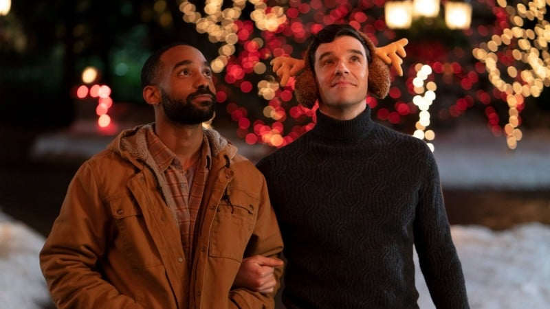 Single All the Way | Primeiro filme de Natal gay da Netflix