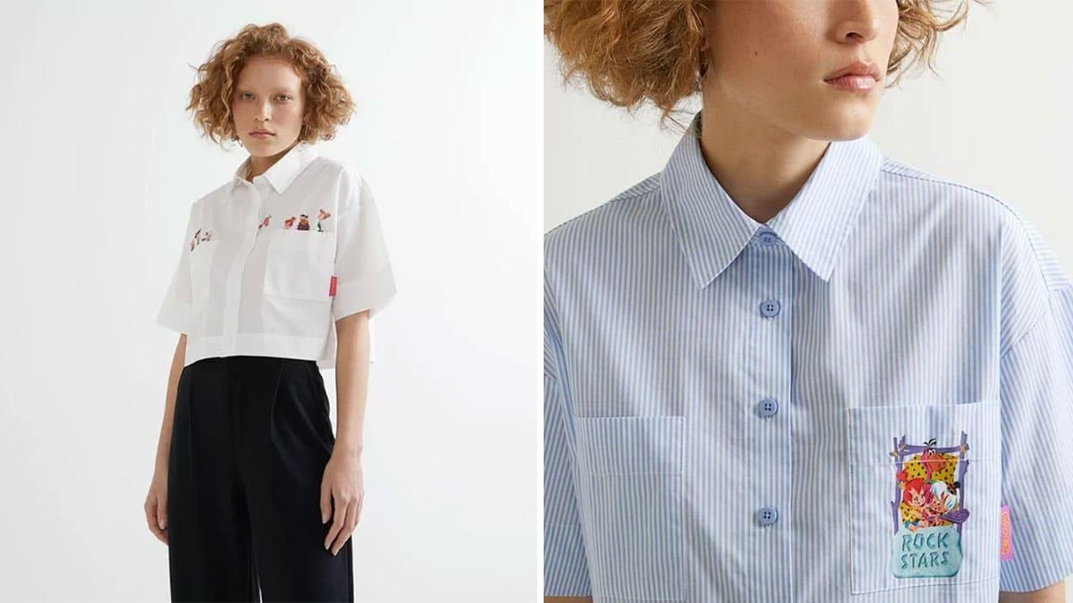 A foto apresenta uma montagem com duas fotografias de uma modelo usando as camisas croppeds de Os Flintstones da Renner, sendo uma delas branca com uma pequena estampa de cada um dos personagem, e uma outra azul listrada.